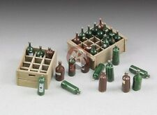 Royal Model 1/35 Wine Bottles and Crates [Resin Diorama Accessory Model kit] 655
