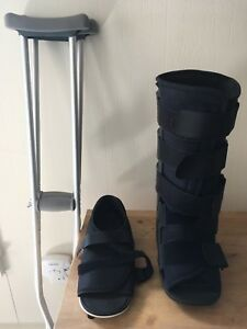 Image is loading Advanced-Orthopedic-Medical-Walking-Boot-with-Cast-Shoe- 03d5b00c09ca