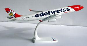 Edelweiss-Air-A340-300-1-200-Herpa-SnapFit-611336-NEU-A340-Flugzeug-Modell