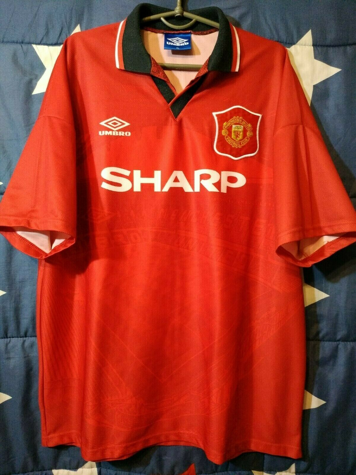 Diuominiione XL uomoCHESTER UNITED 19941996 HOME FOOTBtutti SHIRT JERSEY UMBRO