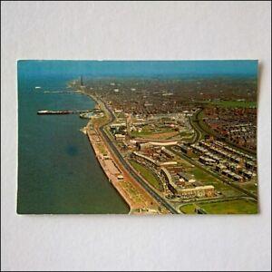 Blackpool-Aerial-View-Postcard-P408