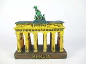 Berlin Brandenburg Gate 8 CM Poly Ready Model Souvenir Germany