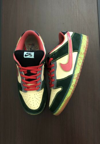 Nike SB Dunk Low Mosquito Size 12
