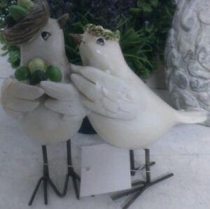 NEUF-oiseau-deco-shabby-chic-Creme-Vert-NOSTALGIE-couronne-a-fleur-Chalet-13cm