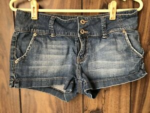 GUESS-Jeans-Womens-Denim-Shorts-Mid-Rise-Faded-Wash-Size-29
