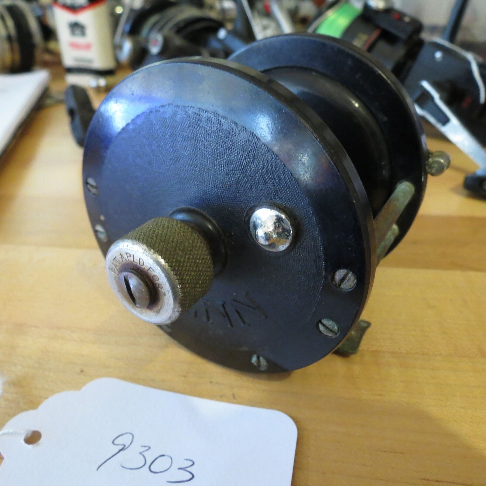 Vintage Penn 85 pat. D fishing reel with vintage tension knob attachment ( 9303)