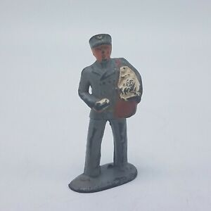 Antique-Vintage-Manoil-Barclay-Metal-Figure-Figurine-Mailman-Mail-Carrier-Postal