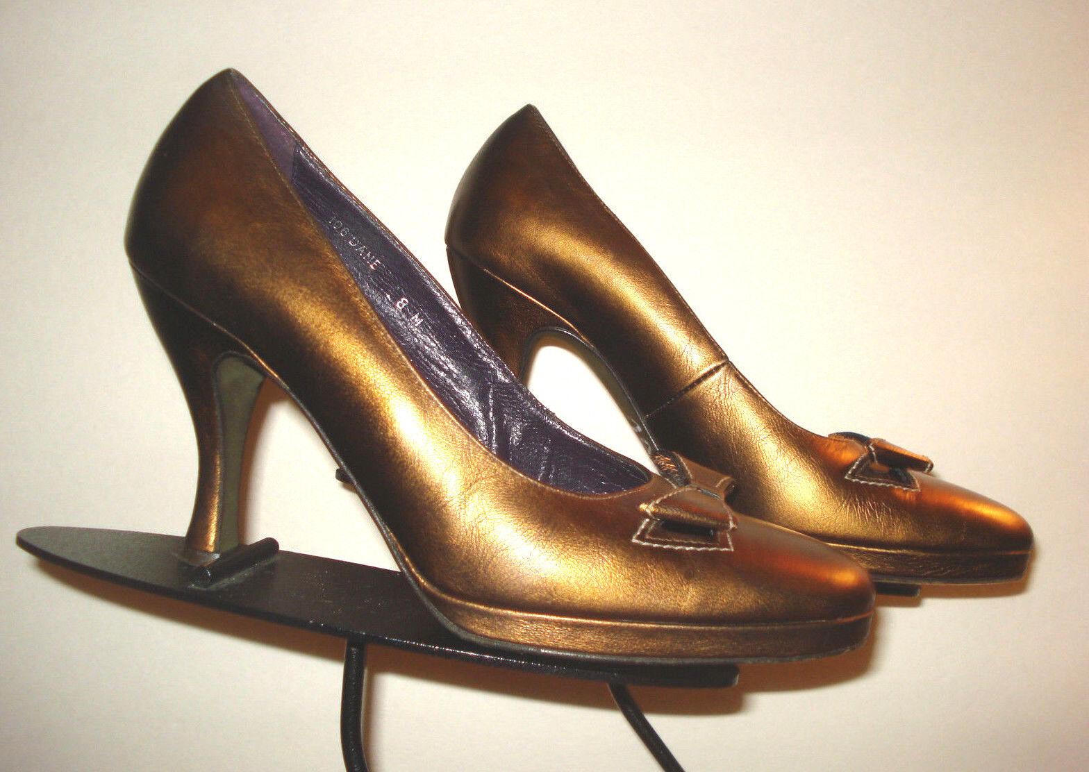 Donald J Pliner  Gold Bronze Leather Bow-Tie Classic Pump Sz. 8M MINTY