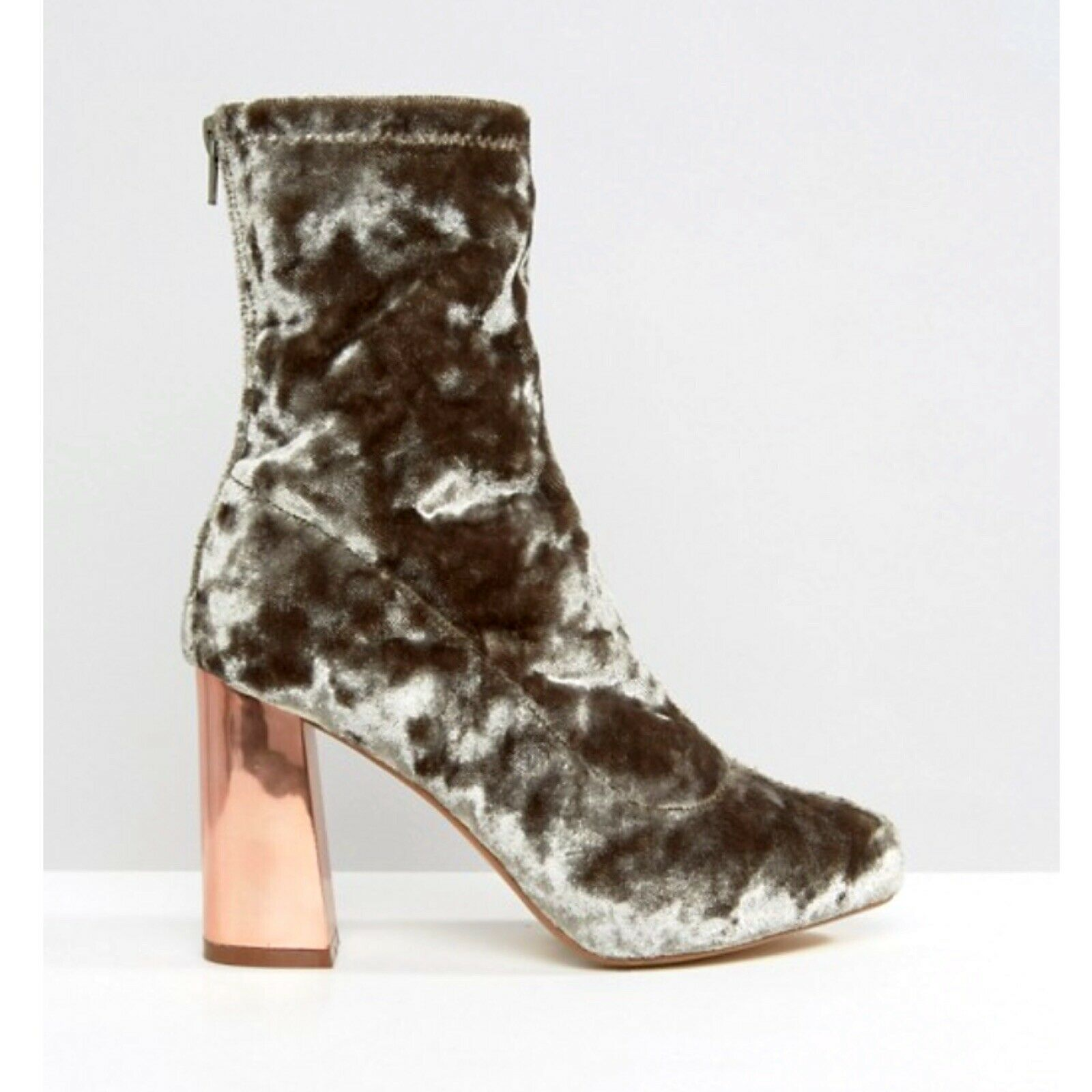 Missguided Grey Velvet Boots With pink gold Chrome Heel. Size 7.