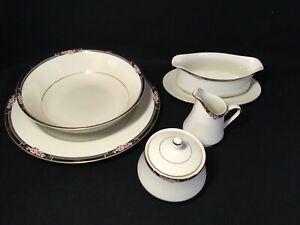 MIKASA-034-Florisse-034-Choice-of-Serving-Pieces-White-Black-Floral-w-Gold-Trim-amp-Box