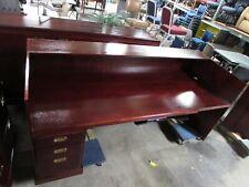 U Shaped Wood Reception Desk For Lobby