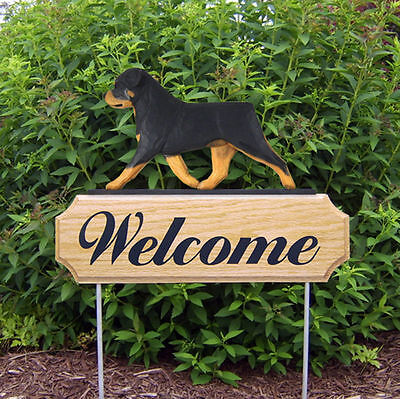 Rottweiler Dog Breed Oak Wood Welcome Outdoor Yard Sign