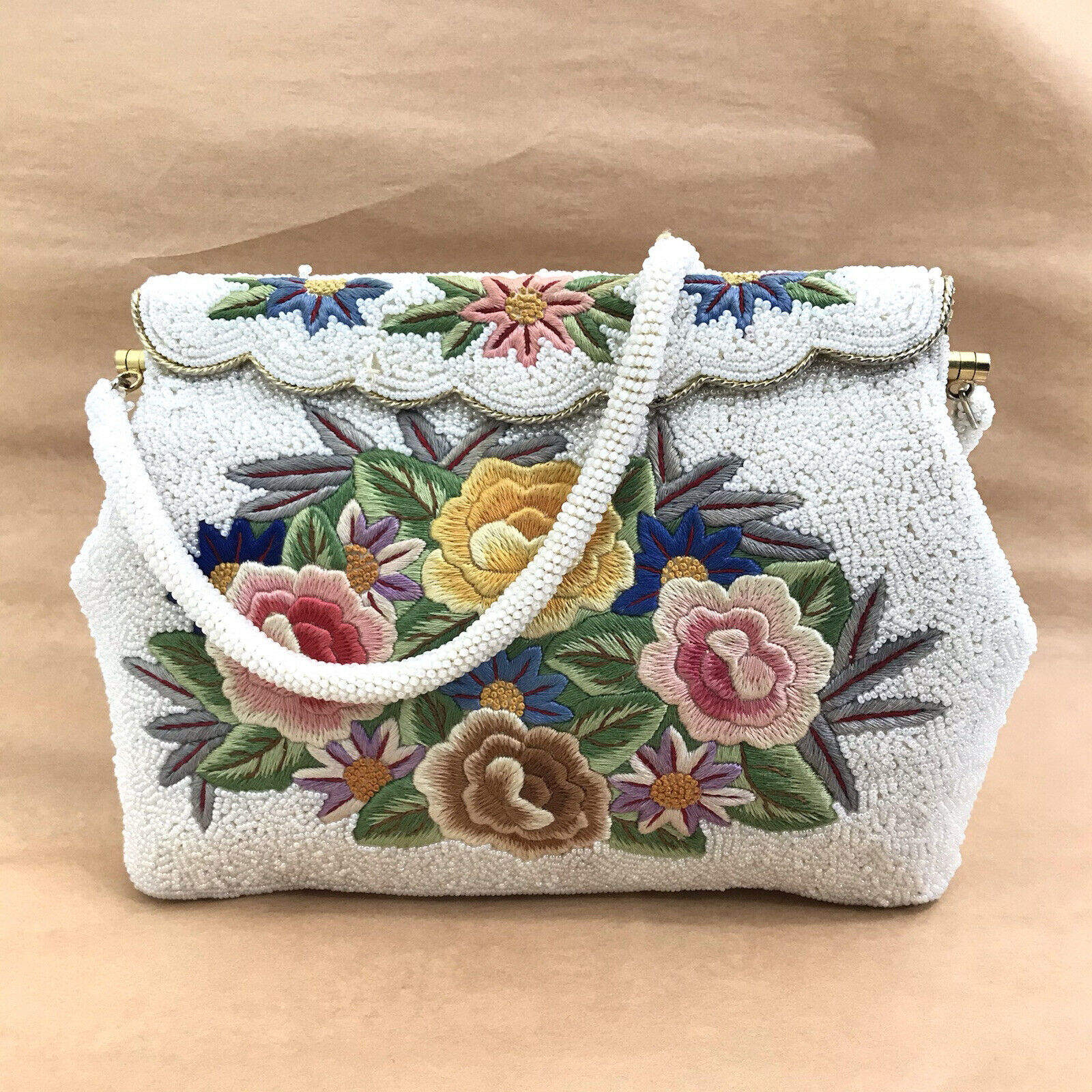 VINTAGE 50s Micro Beaded White Floral Needlepoint Purse Clutch Gold Evening Bag