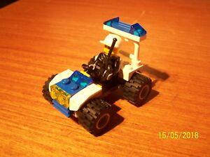 Lego-serie-Town-City-Police-n-30013-034-Police-Quad-Le-Buggy-de-Police-034-2010