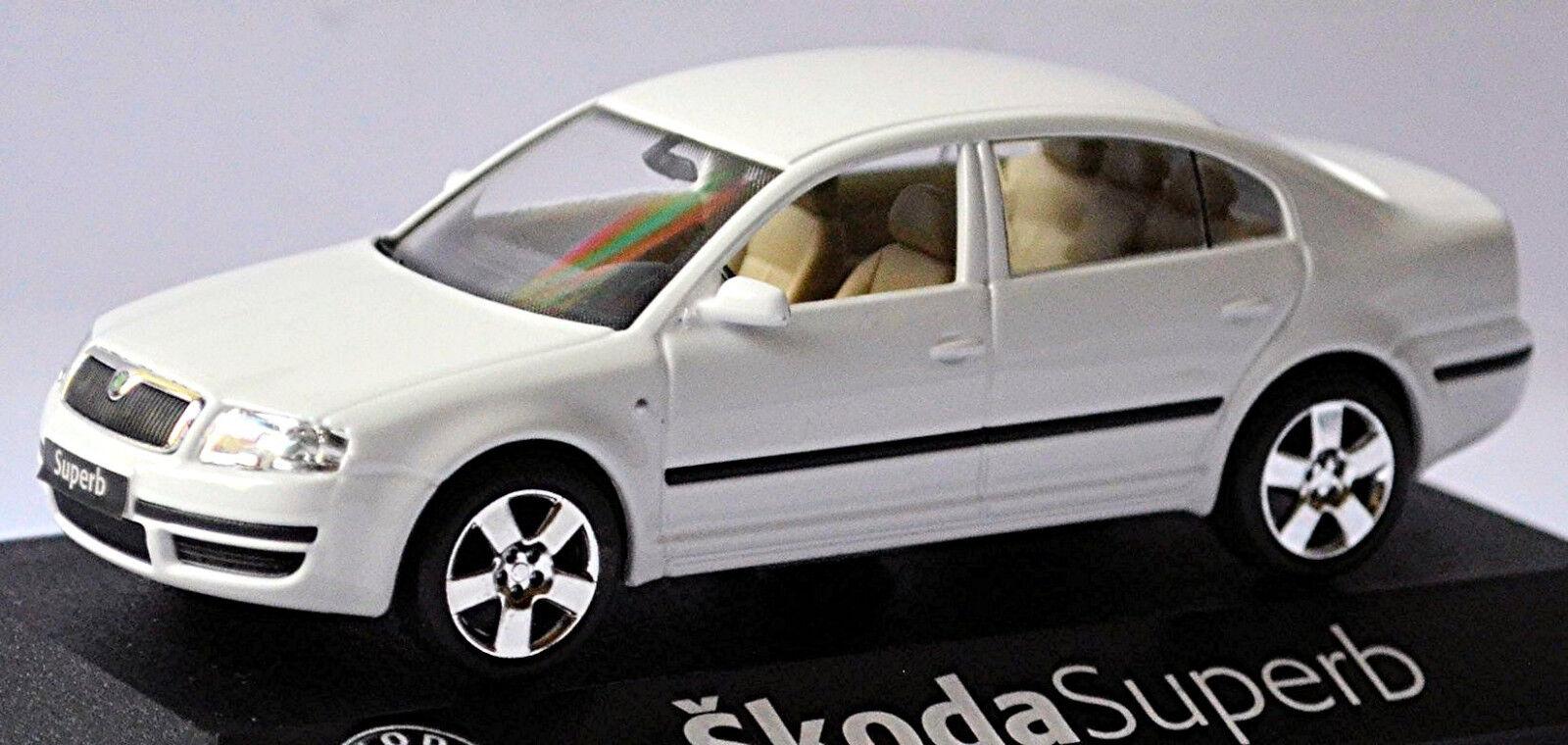 Skoda exquise Berline Type 3u4 modèle de soins 2006-08 Blanc blanc 1 43 KADEN