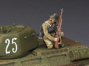 Roi et pays armée rouge à genoux avec fusil Ww2 Ra48 Ra048