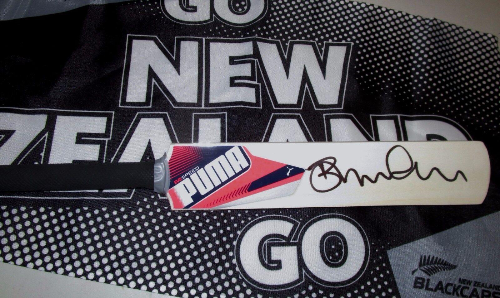 Brendon McCullum  (New Zealand) signed Puma Mini Bat + COA & Photo Proof