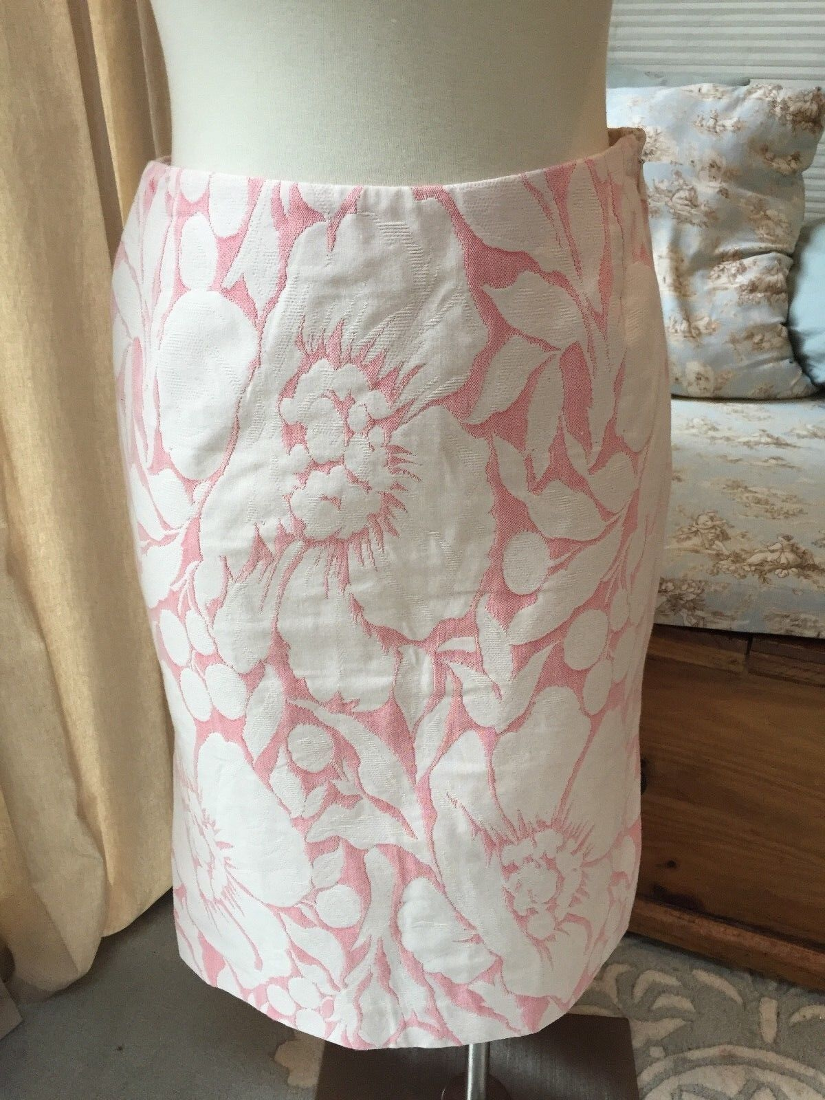 J. Crew Pink Ivory Jacquard Brocade Textured Floral Pencil Skirt 4 Excellent