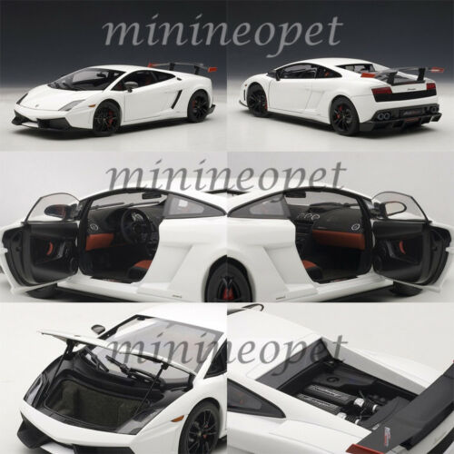 AUTOart 74693 LAMBORGHINI GALLARDO LP 570 SUPERTROFEO STRADALE 1//18 WHITE
