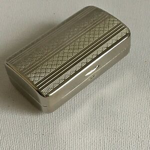 Small-Vintage-Engine-Turned-Box-Art-Deco-Style-Silver-Metal-Chrome-2-5in-x-1-5in