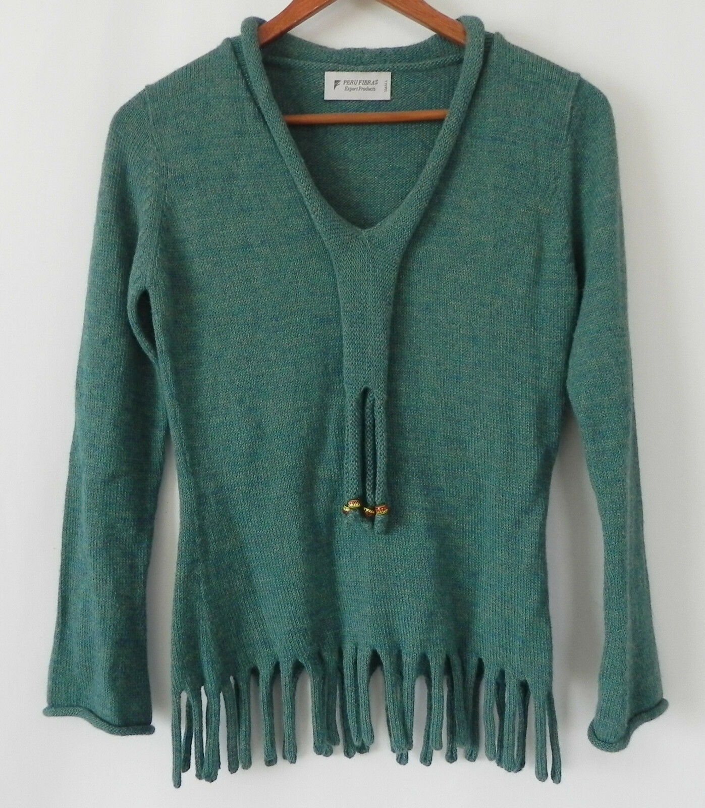 100% Baby Alpaca Peru Fibras Long Sleeve Sea Foam Green Embellishment Size S