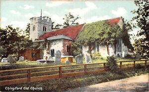 POSTCARD-LONDON-CHINGFORD-Old-Church