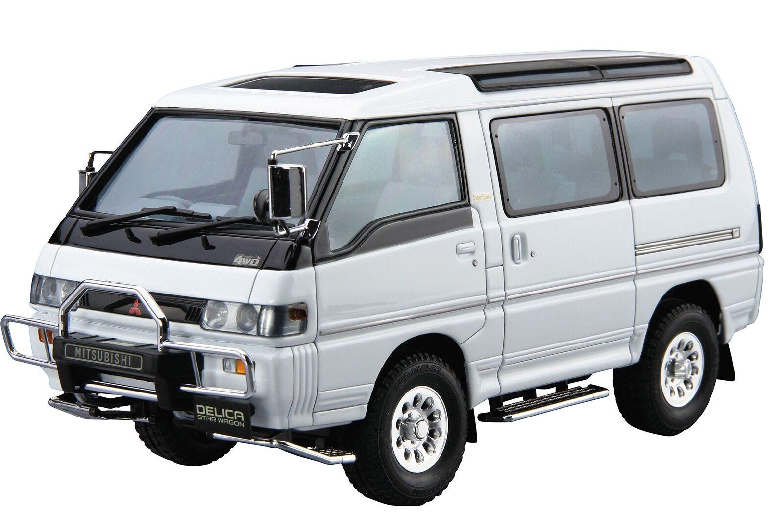 Aoshima 52334 The Model Car 27 Mitsubishi P35W Delica Star Wagon '91 1 24 scale