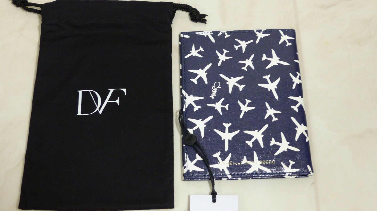Diane von von von Furstenberg passport  cover Authentic 34ccf1