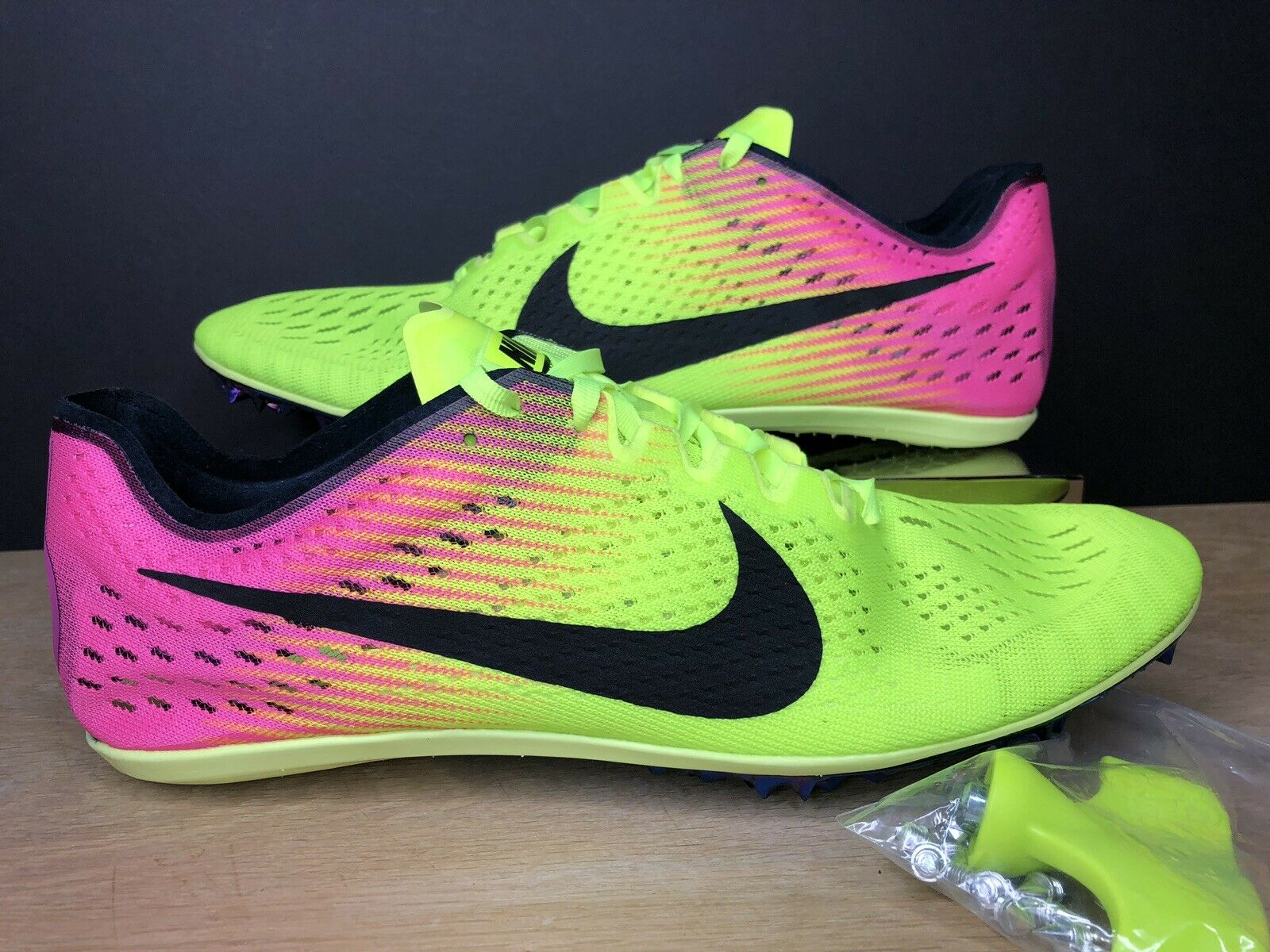New Nike Zoom Victory 3 Running shoes Rio Volt Pink 835997-999 Size 11.5