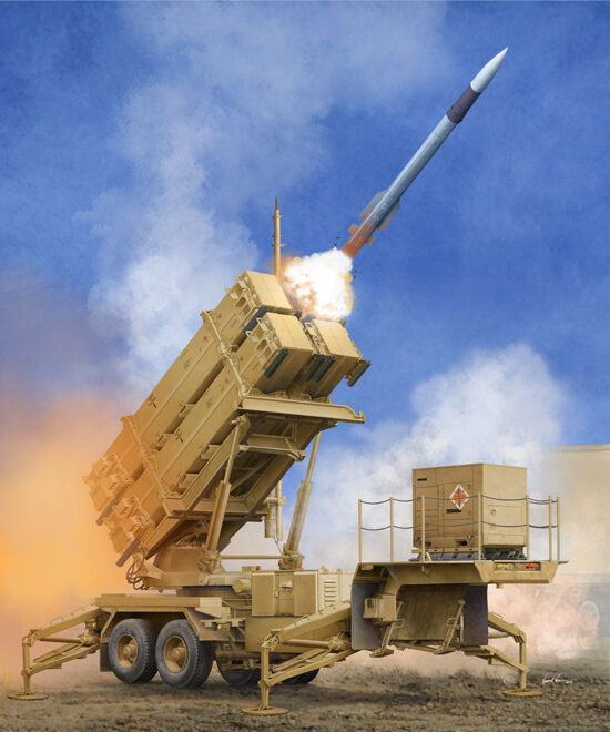 STATION DE LANCEMENT de MISSILES MIM-104F  PATRIOT  - KIT TRUMPETER 1 35 n°1040