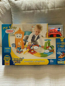 NEW My First Thomas and Friends Railway Pals Mountain Adventure Play set
