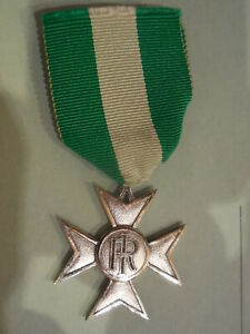 Croce-per-25-anni-di-anzianita-nell-039-esercito-italiano