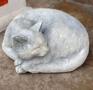 Statue Gartenfigur Katze Liegend Steinguss Tierfiguren