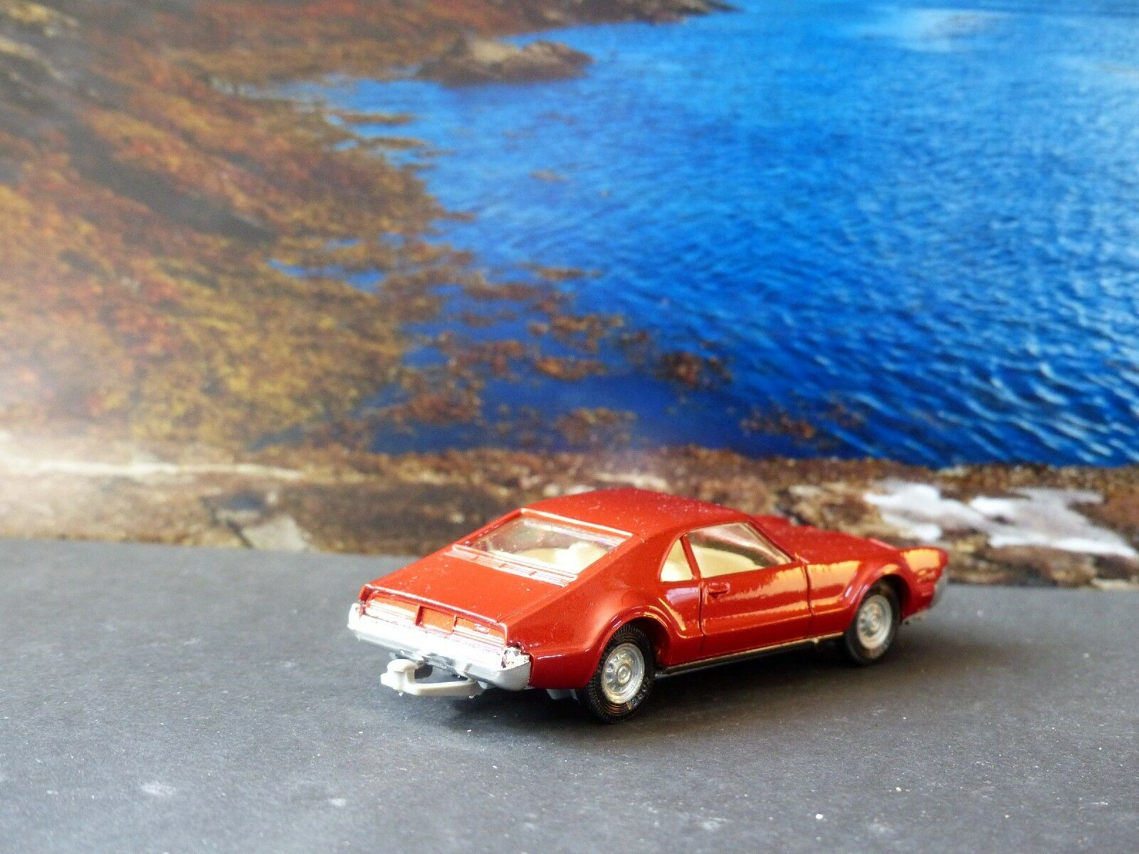 Corgi Toys 276 Oldsmobile Tgoldnado with original box