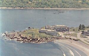 York-Harbor-Maine-Birdseye-View-of-Stage-Neck-Inn-Arnold-Roberts-Postcard-1960s