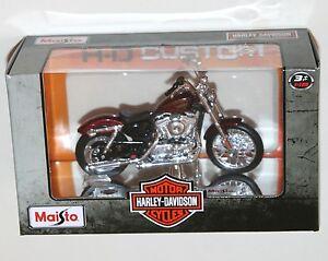 Maisto-Harley-Davidson-2012-XL-1200V-SEVENTY-TWO-Red-Model-Scale-1-18