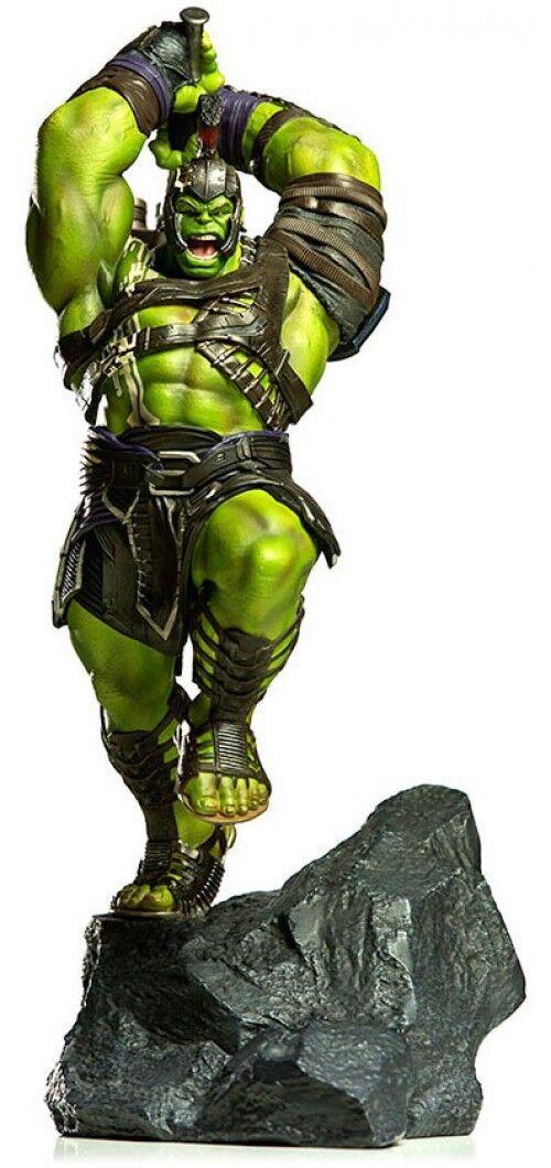 Marvel Thor Ragnarok Hulk Battle Diorama Statue