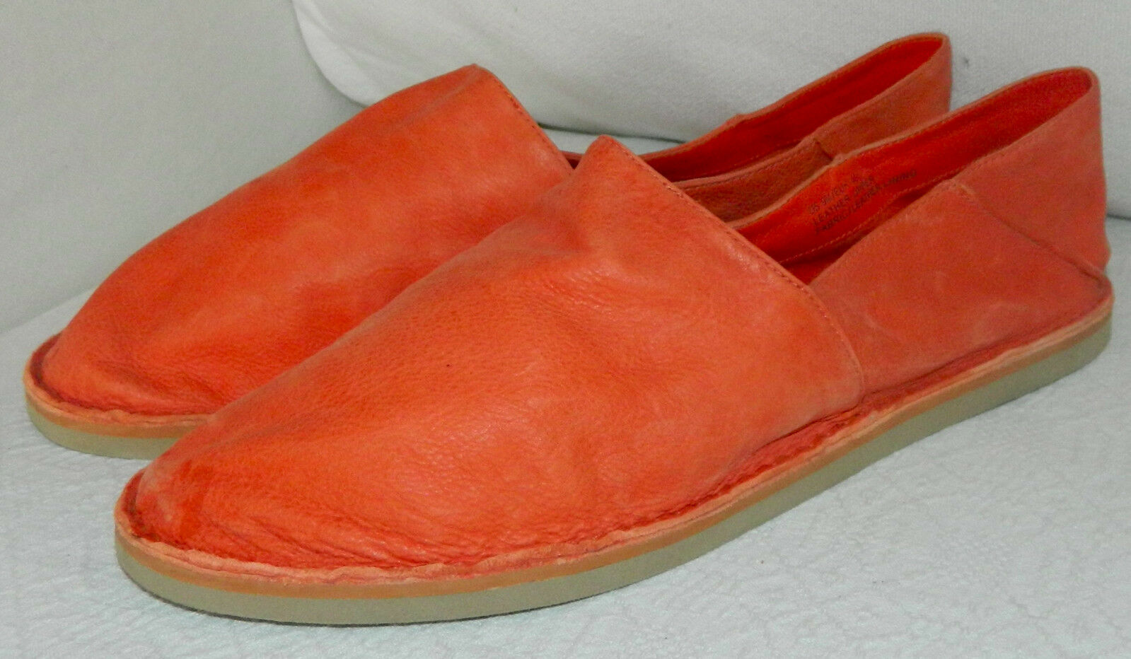 VINCE Kia FLATS Loafers ORANGE Sz. 9 Retails Slip On Schuhes LEATHER Retails 9 198 CHIC