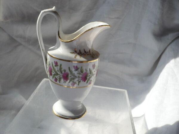 -dose Milch- Porzellan Aus Paris Anfang Des 19 Eme Jahrhundert Sehr Guter Phantasie Farben