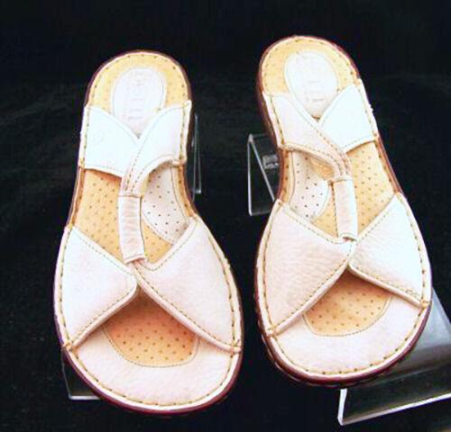 New BORN Damens Leder Weiß Flat Slip On Sz Casual Comfort Slide Schuhe Sz On 10 M 56766f