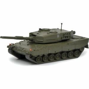 Leopard-2A1-Kampfpanzer-034-Bundeswehr-034-Art-Nr-452642200-Schuco-Militar-1-87