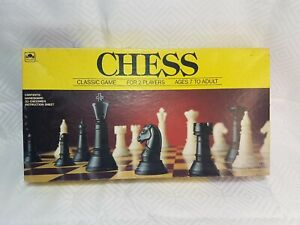 Chess-Classic-Game-For-2-Players-Ages-7-To-Adult-1989-Vintage-Golden-complete
