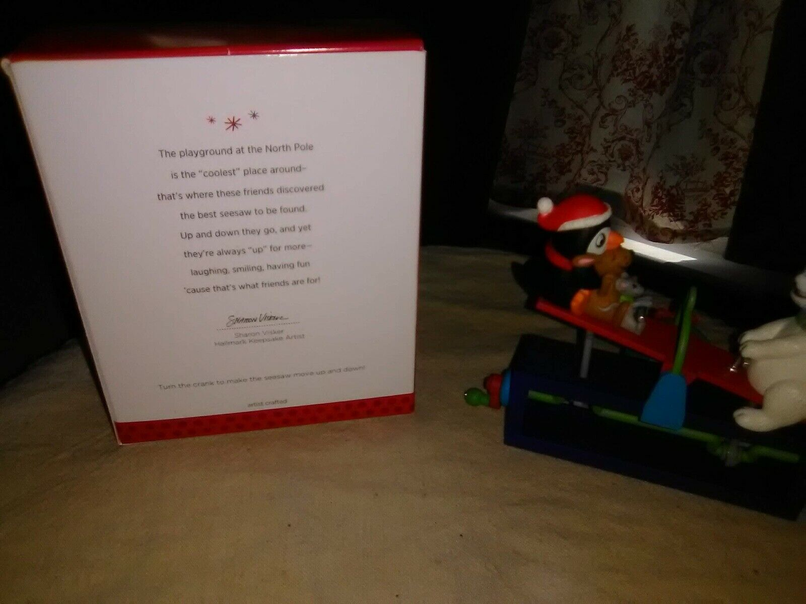 NIB 2013 HALLMARK ORNAMENT UP FOR FUN TURN CRANK TO SEE SEESAW GO UP /& DOWN NEW
