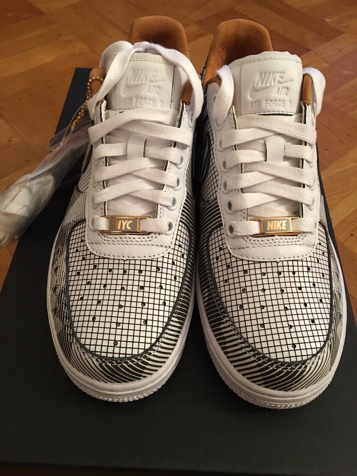 Air Force 1 PRM NYC SOHO Size 5.5