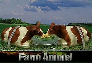 KID571876 1//32 Lot de 2 Vaches NORMANDES Couchées