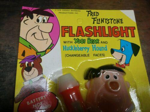 1976 Hanna Barbera Fred Flinstone Flashlight  Yogi Bear Huckleberry Hound Faces