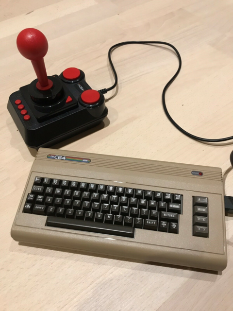 Commodore 64 mini, spillekonsol, God, Spil Commodore 64…