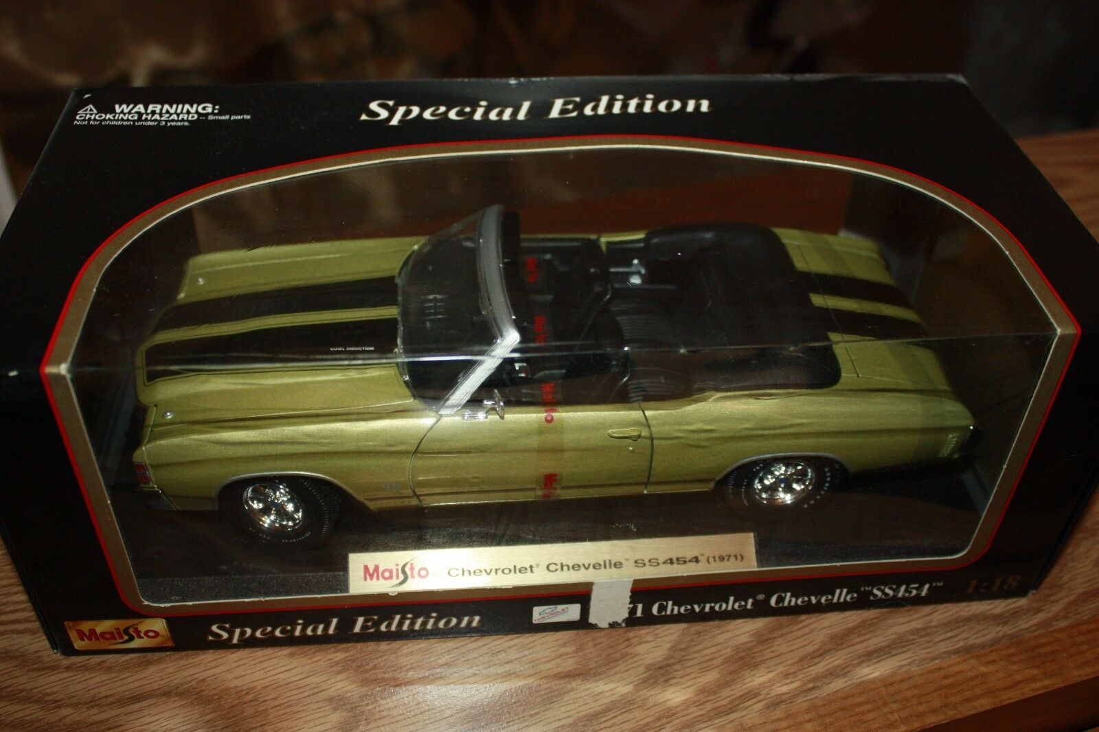 1971 Chevy Chevelle SS454 Converdeible oro Especial Edition 1 18 Escala Die Cast