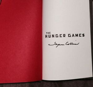 SUZANNE-COLLINS-SIGNED-AUTOGRAPH-034-THE-HUNGER-GAMES-034-TRILOGY-3-BOOK-DELUXE-SET