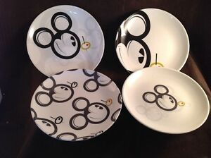 Rare-Adult-Mickey-Mouse-Martini-Olive-Set-of-4-Different-Cocktail-Plates-C4-A